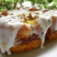 Quick Cinnamon Roll Cake