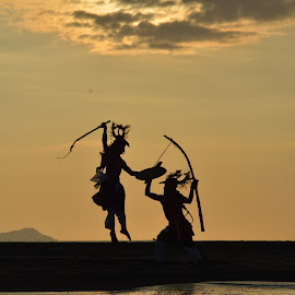 csci dance in the sunset by Rinal Dino - People Professional People ( sunsets, beach, landscape, people )