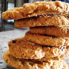 Light Oatmeal Raisin Cookies