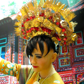 Malay Bride Head Gear by Alan Chew - Artistic Objects Clothing & Accessories