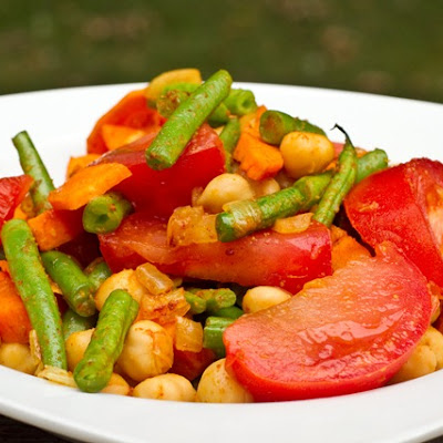 Quick & Spicy Veggie Chickpea Curry