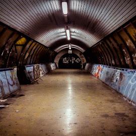 Abandoned station by Olivério Pires - City,  Street & Park  Street Scenes ( metro, olivério, pires, night, portugal, underground, photo, abandoned )