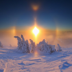 Halo at sunset by Matej Kováč - Landscapes Weather ( winter, halo, sunset, weather, , blue, orange. color )