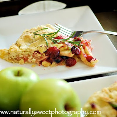 Flat Cranberry Apple Pie