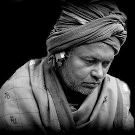 Harihar by Prasanta Das - People Portraits of Men ( street, singer, portrait )