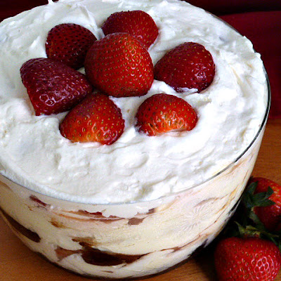Mini Strawberry Brownie Trifle*