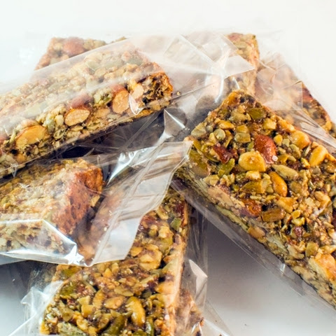 Paleo Honey Almond Chocolate Granola Bars