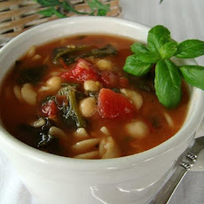 Chickpea, Spinach, and Pasta Soup
