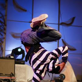 Break dance by Stjepan Valjak - People Musicians & Entertainers ( break dance, entertainers, dance, dancer )