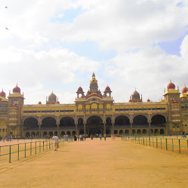 Mysore Palace by Karthik Sageni - Buildings & Architecture Statues & Monuments ( building, sky, monument, architecture, design )