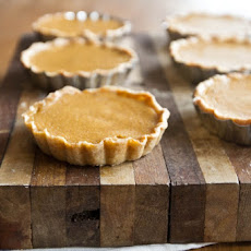 Mini Pumpkin Tarts (with homemade pumpkin puree)