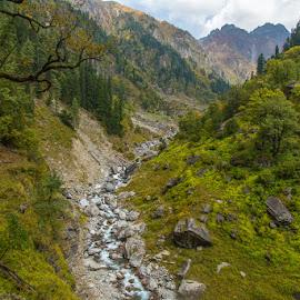 Rupin river by Krishnan Naganathan - Landscapes Mountains & Hills ( rupin, himalaya, himachal )