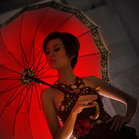 Under My Umbrella by Criz Kimbal - People Fashion