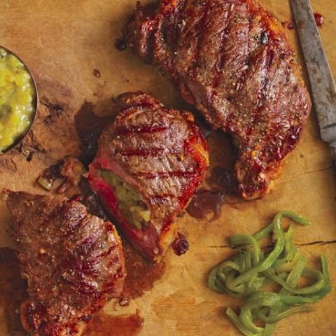 Chile-Stuffed Steak