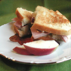 Apple and Ham Grilled Cheese Sandwiches
