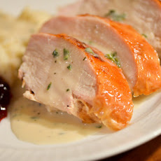 Rich and Creamy Turkey Gravy With Fresh Herbs