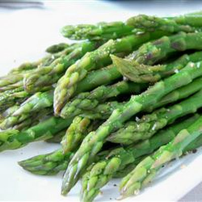 Simply Steamed Asparagus