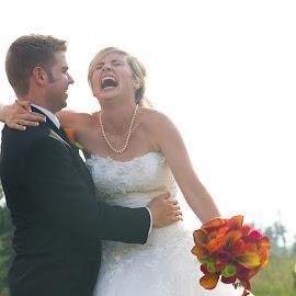 Happy Couple by Brooke Green - Wedding Bride & Groom ( natural light, wedding photography, couple portrait, weddings, happy, outdoor )