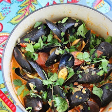 Spanish Mussels with Chorizo and Tomato-Wine Sauce