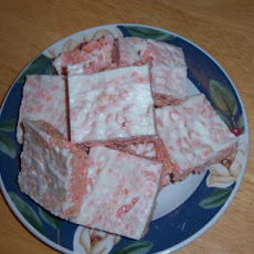 White Chocolate Strawberry Crispy Treats (Microwave)