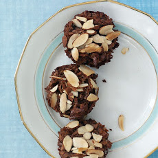 Chocolate-Coconut Macaroon Cups