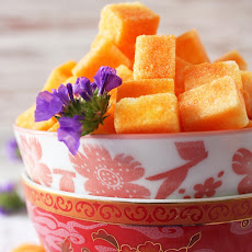 SAFFRON INFUSED SUGAR CUBES