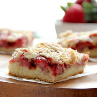 Strawberry Oatmeal Crumb Bars