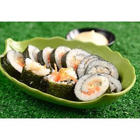 Sushi by Willyam Talim - Instagram & Mobile Instagram ( food, foodporn, jakarta, indonesia, iphonesia, cafe )