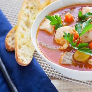 Manhattan Fish Chowder with Fingerling Potatoes & Crusty Bread