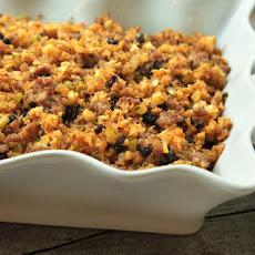 Sausage-Currant Stuffing Recipe