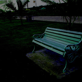 The lonely bench by Suvam Das - City,  Street & Park  Amusement Parks ( public, bench, furniture, object )