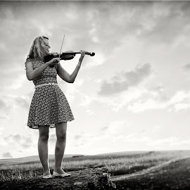 Playing Rock - The Violinist by Dominic Lemoine Photography - People Musicians & Entertainers ( violin, woman, outdoors, bnw, violinist )