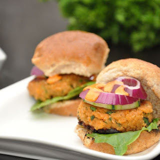 Asian Salmon Sliders with Sriracha Mayonnaise