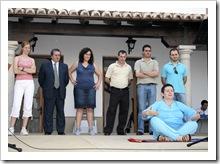 Ediles de la Corporación presencian la actuación de una integrante del Grupo de Teatro.