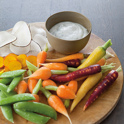 Creamy Herb Dip with Crudités