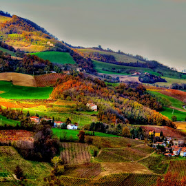 the harmony of unbalanced levels by Luna Sol - Landscapes Travel ( hills, nature, autumn, lunasol, travel, landscape, italy, colours, fields, path )