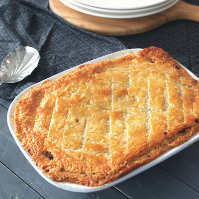 STEAK, GUINNESS & CHEESE PIE