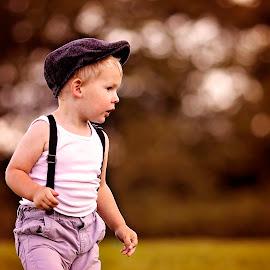Autumn Stroll by Daniel Garner - Babies & Children Child Portraits ( canon, england, autumn, bideford, child portrait, bokeh,  )