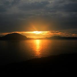 sunrise at langkawi beach by Woo Yuen Foo - Landscapes Sunsets & Sunrises