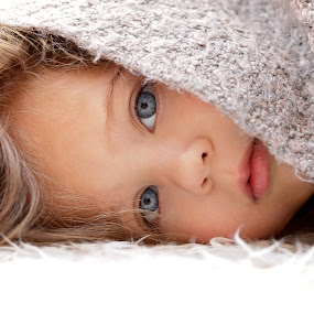 Hiding by Lucia STA - Babies & Children Child Portraits (  )