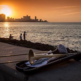 Cuba by Manuela Olivia Zatta - Artistic Objects Musical Instruments