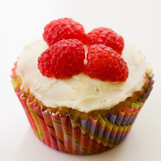 Jasmine Cupcakes with Raspberry and Honey