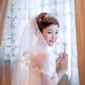 by Choong Kooi Chin - Wedding Bride ( wedding day, beautiful, getting ready, happiness, bride )