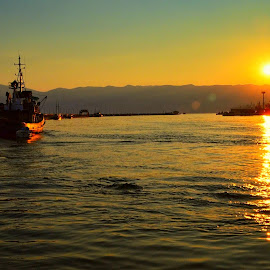 Blue and yellow by Tihomir Beller - Landscapes Sunsets & Sunrises ( water, harbor, sunset, sea, summer, sun )