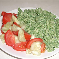 Pasta With Creamy Spinach Sauce