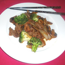 Nat's easy peppery Beef Broccoli Stir Fry