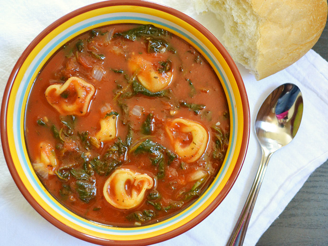 Spinach Tortellini Soup Recept | Yummly
