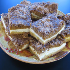 Streusel Pumpkin Cheesecake Bars