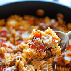 One Pot Pizza Pasta Bake