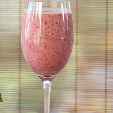 Very Berry Yogurt Smoothie